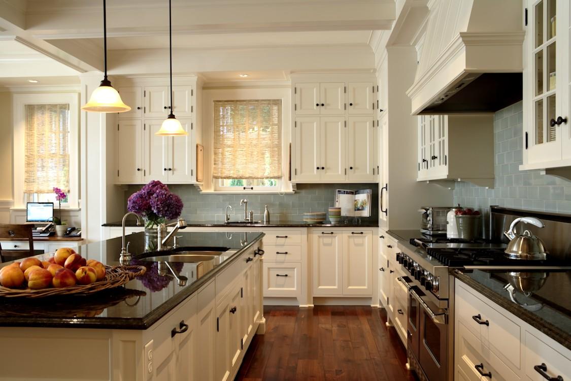 Twist Interior Design - Hampton's Spirit kitchen