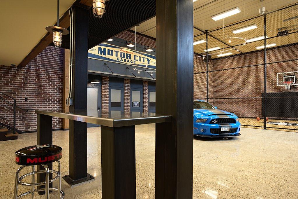 Twist Interior Design - Vintage Garage courtside view