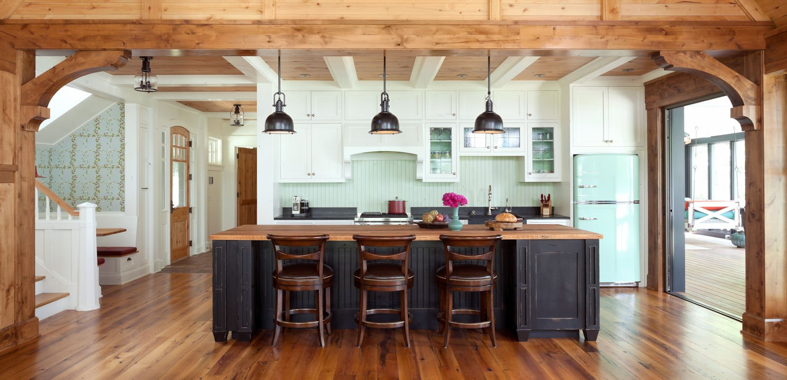 Lakeside Retreat kitchen by Twist Interior Design