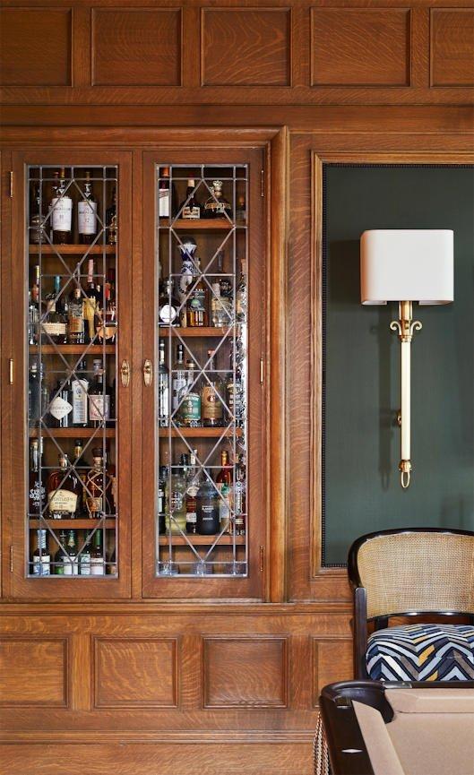 Lake of the Isles closed bar cabinet