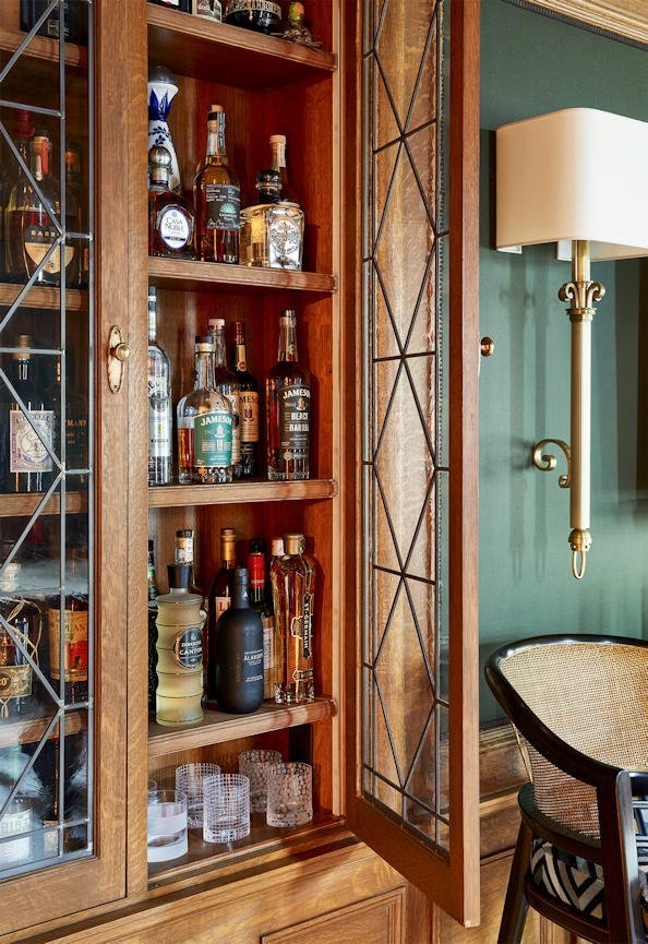 Lake of the Isles open bar cabinet