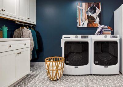 Bde Maka Ska laundry room